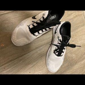 Nike women's sneakers size 71/2